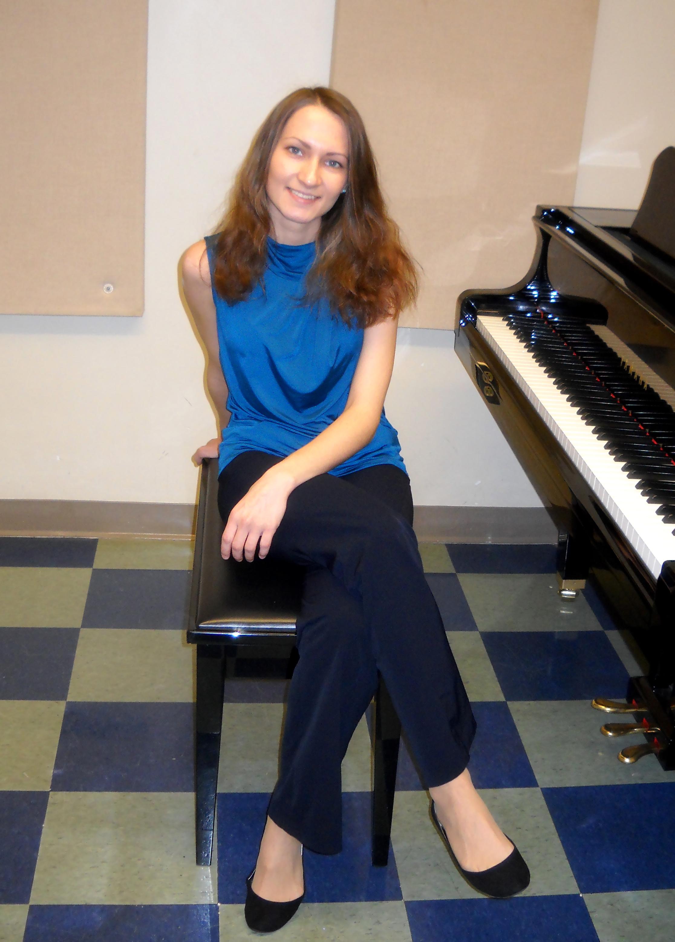 Pianist Ksenia Kurenysheva