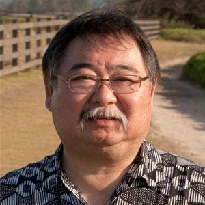 Headshot of Garrett Hongo