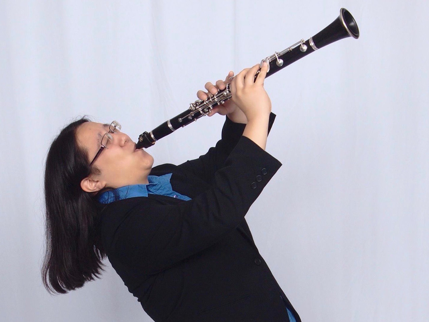 Patricia Crispino plays the clarinet