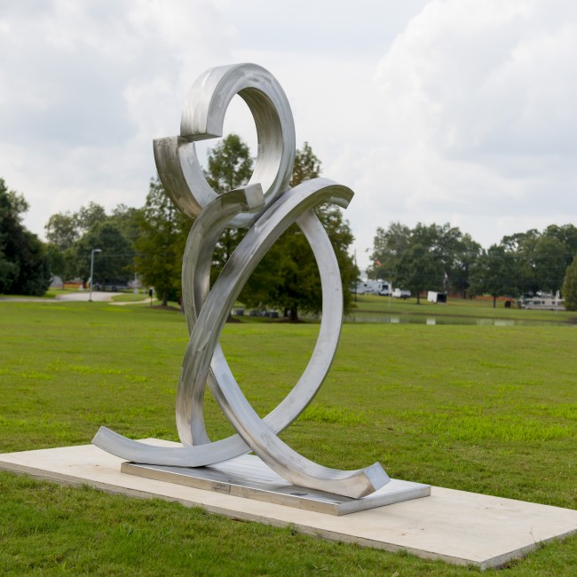 Gregory Johnson (Georgia, b. 1955), Centrum, 2015, stainless steel, ca. 73 x 52 x 60 inches