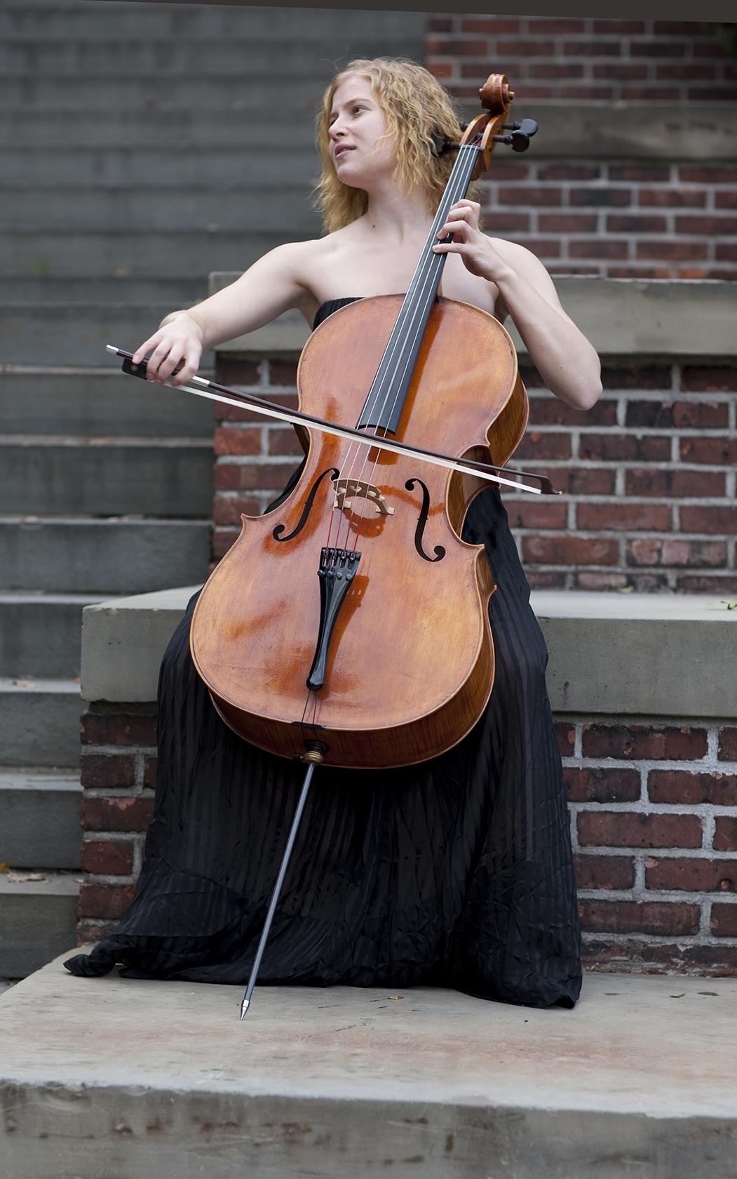 cellist Laura Usiskin