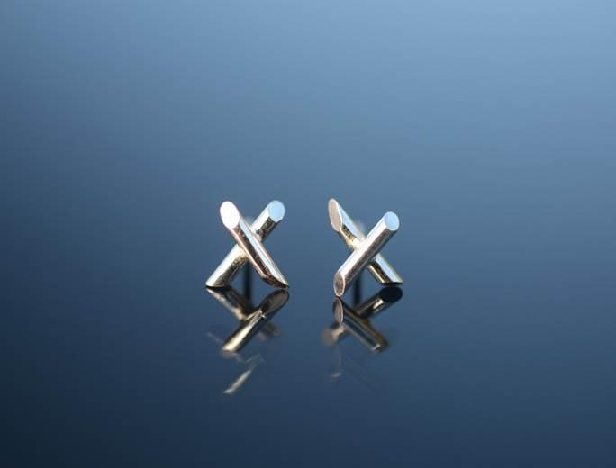Small x-shaped earrings by Stephanie Edstrom
